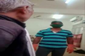 VIDEO: यूपी में लाश का पोस्टमॉर्टम करने के लिये कर्मचारियों ने मांगे रूपये, पैसे देने से किया इनकार तो भगाया
