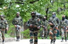 जम्मू-कश्मीर में दोहरी मुठभेड़,पुलवामा—अनंतनाग में दो आतंकी ढेर