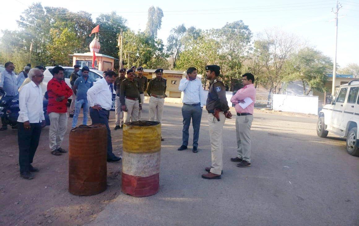 राजस्थान सीमा से लगे चेकपोस्ट का किया निरीक्षण