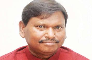 खूंटी से चुनाव लड़ने पर अर्जुन मुंडा बोले-पार्टी के आदेश का पालन करेंगे, व्यक्ति नहीं पार्टी चुनाव लड़ाती है