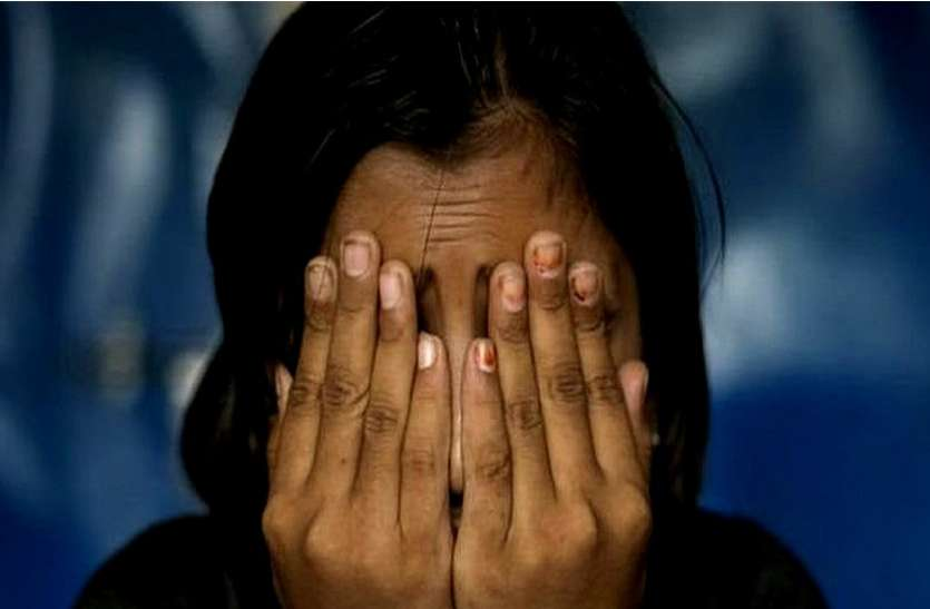 बांसवाड़ा : देह व्यापार को लेकर दो होटलों पर पुलिस के छापे, आपत्तिजनक अवस्था में छह युवक-युवतियां गिरफ्तार