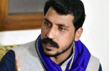 पुलिस को चकमा देकर भीम आर्मी प्रमुख चंद्रशेखर गायब, दिल्ली में करेंगे हुंकार रैली