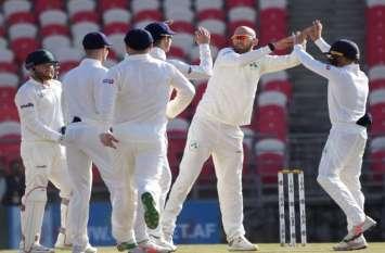 आयरलैंड के खिलाफ टेस्ट में अफगानिस्तान ने कसा शिकंजा, रहमत शाह शतक से चूके