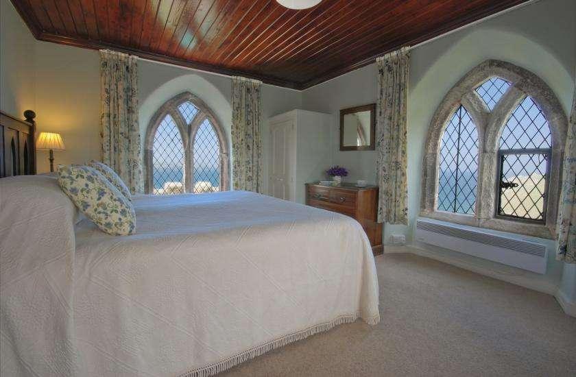 daydon castle bedroom