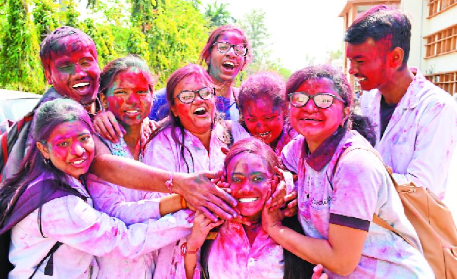 Holi Special : रेन डांस पार्टी में होगा एंजॉयमेंट, कान्हा-पेंच के टूर भी लगेंगे