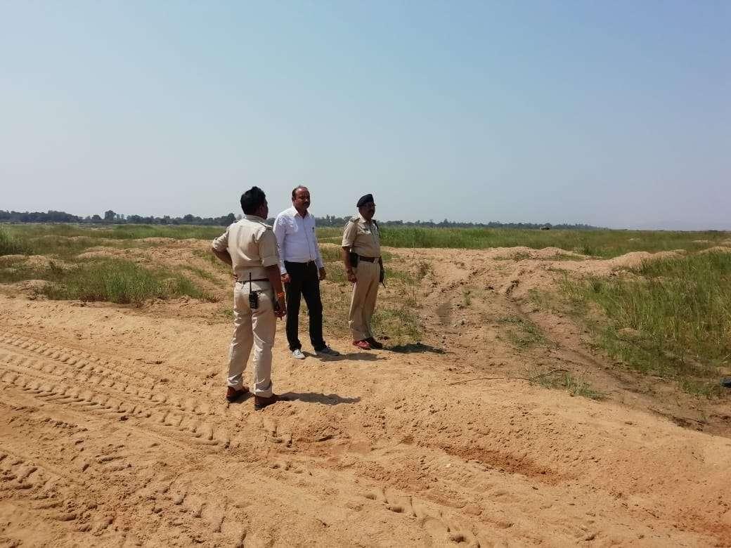 illegal sand mining in hoshangabad