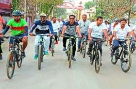 शत-प्रतिशत मतदान कराने के उद्देश्य से चलाया मतदाता जागरूकता अभियान, निकली गई सायकल रैली