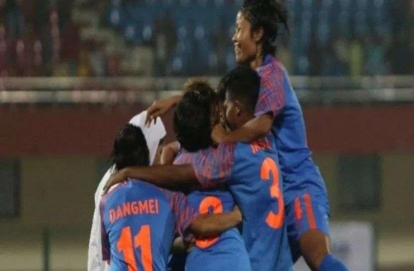 सैफ महिला फुटबॉल : सेमीफाइनल में भी अपराजेय क्रम जारी रख फाइनल में जाने की भारत की कोशिश