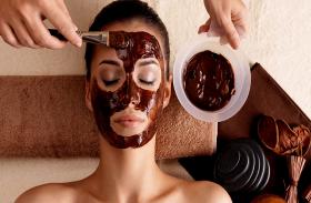 कॉफी को ऐसे करें अपने चेहरे पर इस्तेमाल, ब्यूटी पार्लर का खर्चा होगा कम