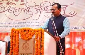 राज्यसभा चुनाव :  मंत्री जाडेजा का आरोप शक्ति सिंह गोहिल ने बैलेट छीन फाडऩे की चेष्टा की