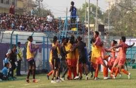 महिला फुटबॉल : नेपाल को मात देकर भारत ने 5वीं बार जीता सैफ कप, 23 मैचों से है अपराजेय