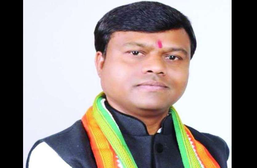 Lok Sabha CG 2019: Bastar Seat Candidate Deepak Baij - युवा ...