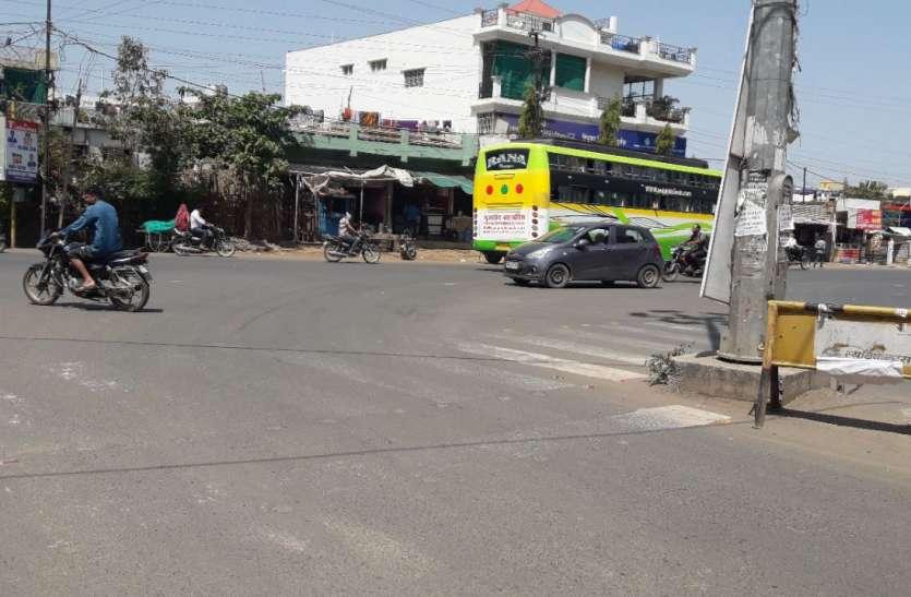 यात्री बसों ने रूट बदला, रहवासी कॉलोनी निशाने पर, देखें वीडियो