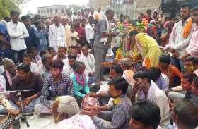 सिलपुरी और मालीपुरा में दिखी बरसाना की झलक