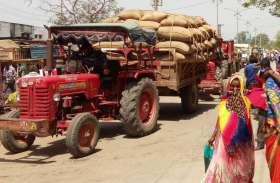VIDEO: मध्यप्रदेश से प्रतापगढ़ मंडी पहुंचा गेहूं