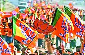 सांसद राजेश पांडेय की जगह पूर्व विधायक विजय दुबे पर भाजपा ने कुशीनगर में जताया भरोस