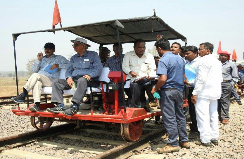 Video : धुर नक्सली क्षेत्र में रेलवे ने बढ़ाया कदम, 112 किमी की स्पीड से दौड़ी ट्रेन