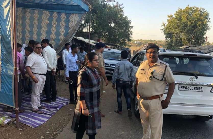 #Lok Sabha Elections-2019 सहायक रिटर्निंग अधिकारी ने किया मतदान केंद्रों का निरीक्षण
