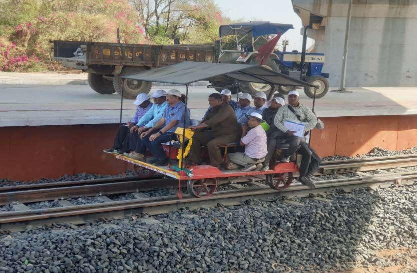 रखियाल से हिम्मतनगर के बीच दौड़ी ट्रायल ट्रेन