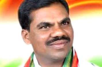 बड़ी खबर : मुख्यमंत्री को इस्तीफा देने भोपाल पहुंचे कांग्रेस के ये विधायक