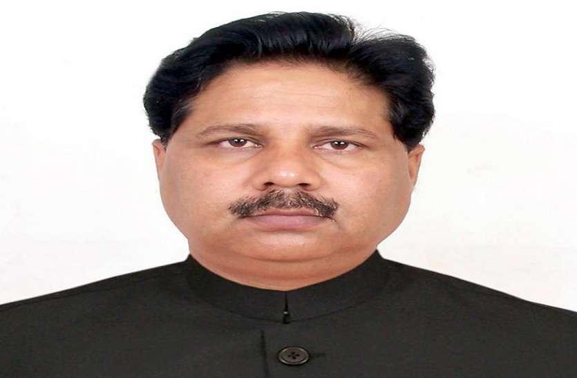 जानिये कौन हैं नियाज अहमद, जिन्हें कांग्रेस ने लोकसभा चुनाव में देवरिया से बनाया है प्रत्याशी