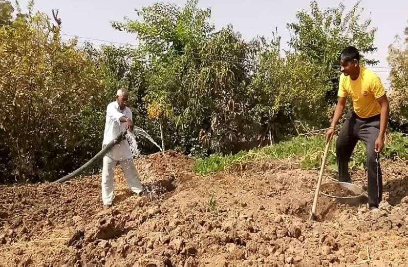 किसानों के लिए नजीर बने देवीसिंह