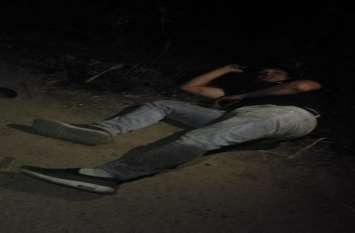 यूपीः रात के अंधेरे में मुठभेड़, 25 हजार का ईनामी बदमाश राेहित उर्फ काकू गिरफ्तार