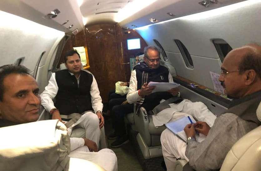 सीएम अशोक गहलोत के पुत्र वैभव पहली बार चुनावी मैदान में, BJP को भारी पड़ सकता है कम आंकना