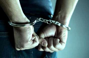 चुनाव से पहले पुलिस ने चलाया अभियान, अवैध शराब, हथियार, नशीले पाउडर के साथ कई लोगों को किया गिरफ्तार
