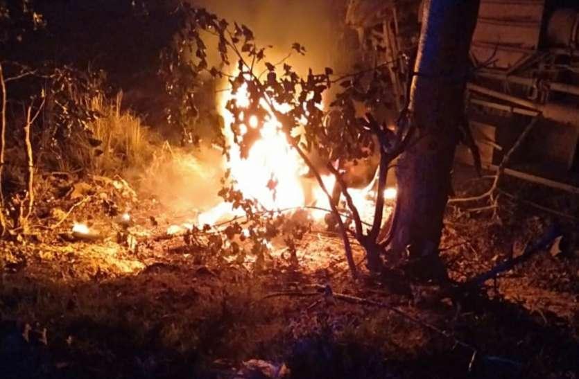 BIG NEWS: बस की टक्कर से कार में लगी आग, कार सवार पांच की मौत