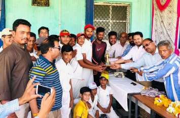 युनिक क्रिकेट अकादमी ने जीता स्वामी विवेकानंद क्रिकेट टूर्नामेंट
