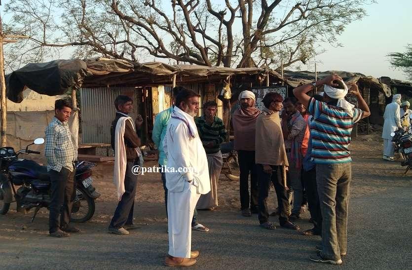 VIDEO : एक ही रात में टूटे पांच केबिनों के ताले, कस्बे में गंगापुर मोड़ की घटना