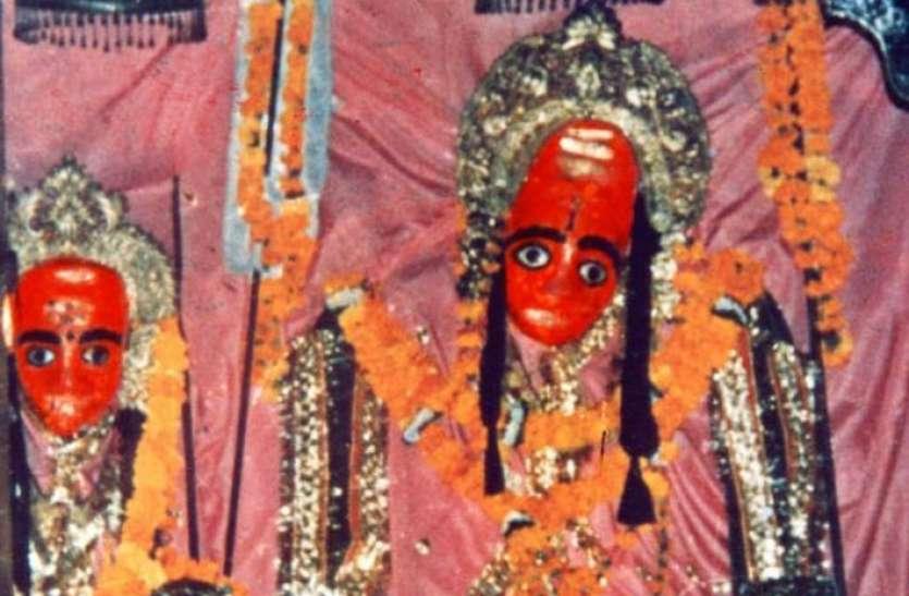 VIDEO: राजस्थान के आस्थाधाम कैलादेवी में माता की भक्ति से मिल रही शक्ति...देखें वीडियो...कैसे उमड़ रहा आस्था का ज्वार