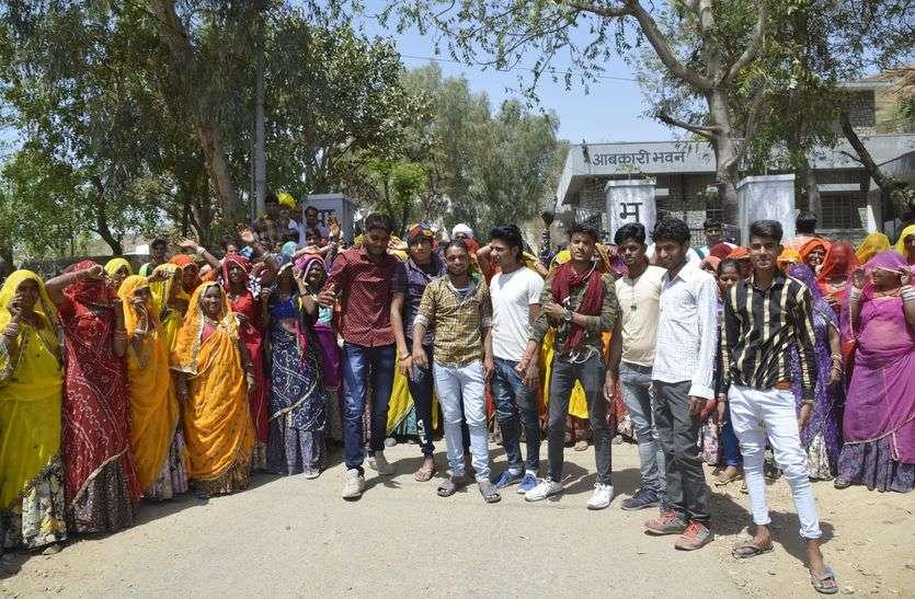 महिलाएं बदलेंगी नाहरपुरा गांव की तस्वीर