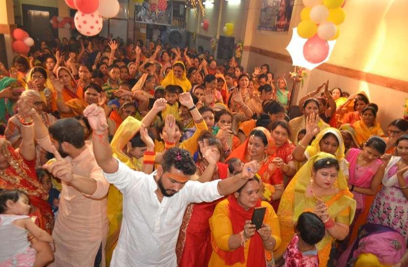 Organizing Bhagwat Katha in Mangal Bhawan katni