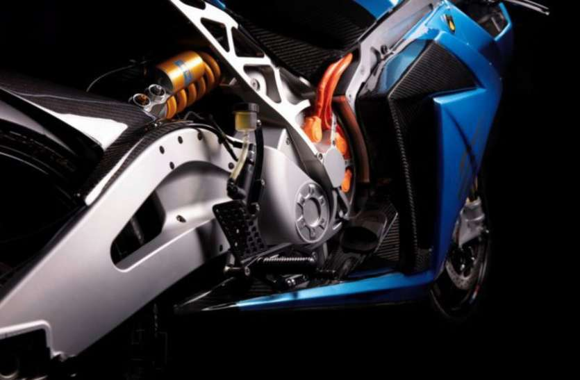 हवा से बातें करती है ये बाइक, सिंगल चार्जिंग में चलेगी 320 किलोमीटर