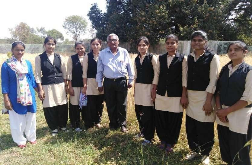 हर क्षेत्र शक्ति आजमाने लगीं बेटियां: छात्राओं में ऐसी भी शिक्षा प्राप्त करने की ललक...