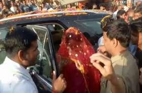 गेहूं काटने के बाद सांसद हेमा मालिनी का ये रूप आया सामने, देखें वीडियो