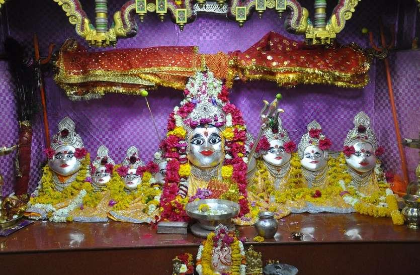 चैत्र नवरात्री शुरू होने से पहले ये क्या हुआ बिजासान माता मंदिर पर