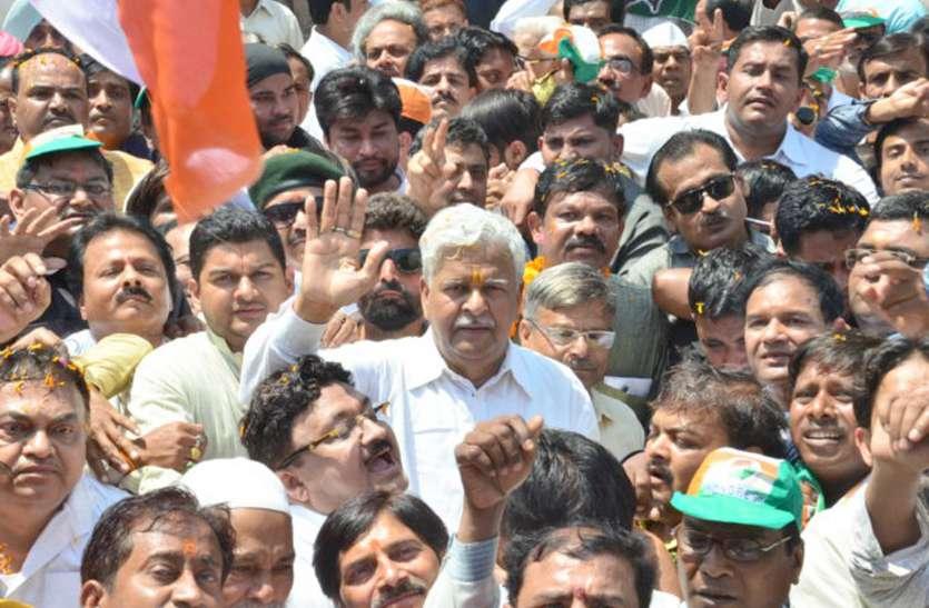 श्रीप्रकाश के चुनाव में राहु का अड़ंगा, नामांकन में गलतियां, मिला नोटिस