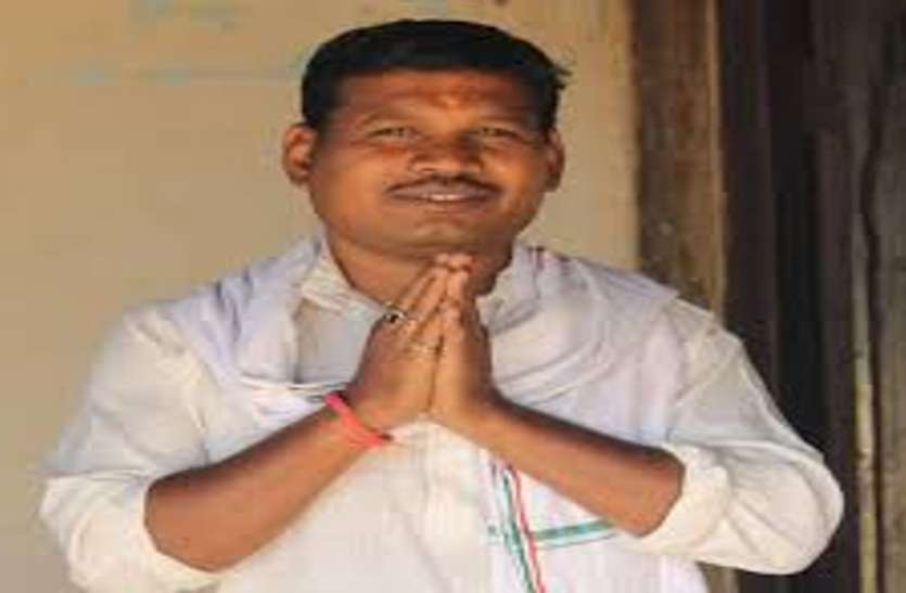 जानिये लुंगी डांस करने वाले विधायक लालजीत सिंह राठिया की पूरी कहानी
