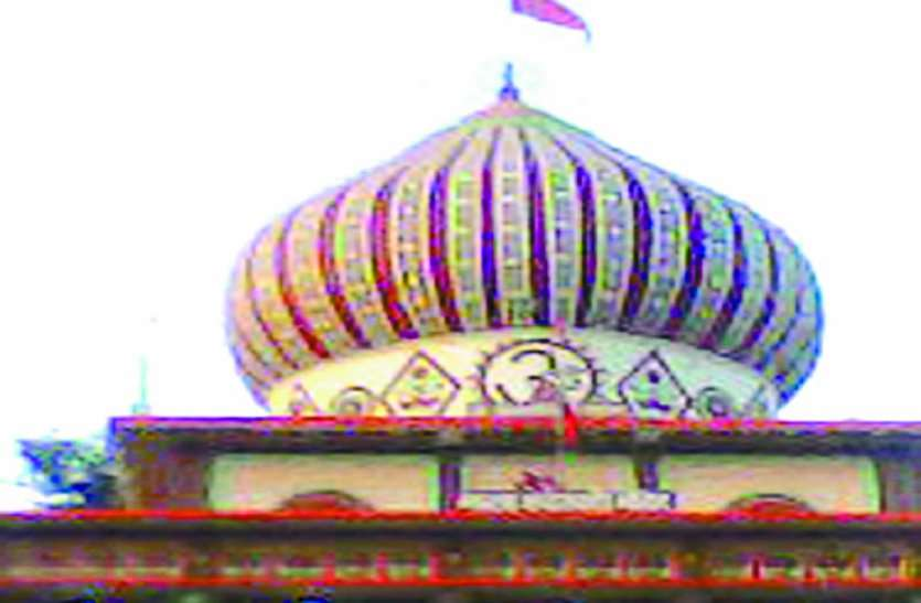 चैत्र नवरात्रि के लिए मंदिरों में तैयारी शुरू, पूजा-अर्चना के लिए दूर-दराज से आते है श्रद्धालु