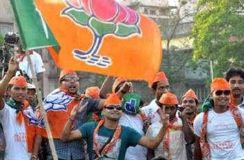 गुजरात : भाजपा ने 10 ओबीसी व 6 पाटीदारों को मैदान में उतारा