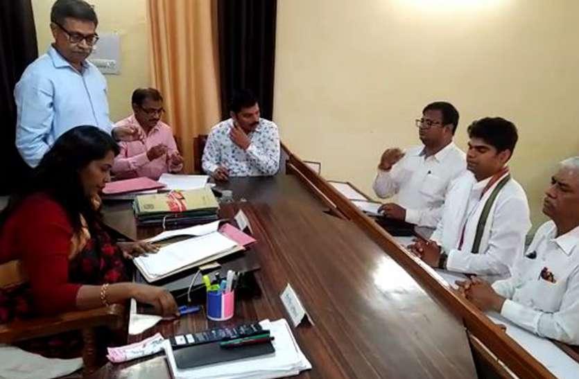 फिरोजाबाद लोकसभा से इतने प्रत्याशियों ने किया नामांकन, डीएम ने आवेदनों की शुरू की जांच, देखें वीडियो