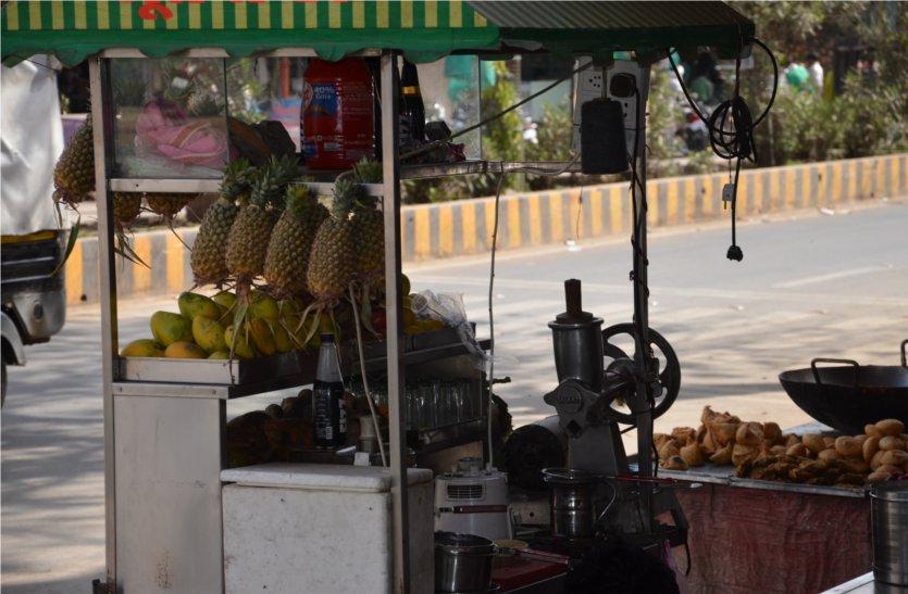 इस वजह से सौ रुपए किलो के आम का जूस मिलता है पंद्रह रुपए में