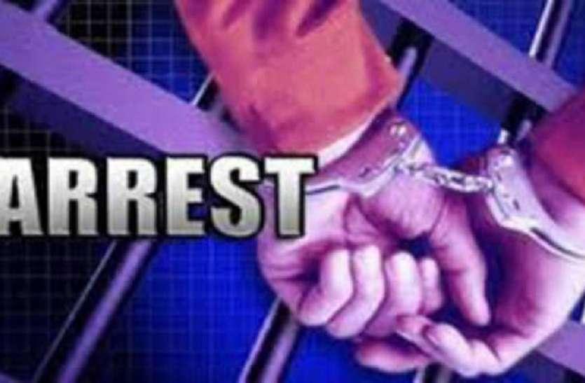 डकैती की योजना बनाते समय पुलिस से हुई मुठभेड़, तीन बदमाश गिरफ्तार, चार फरार
