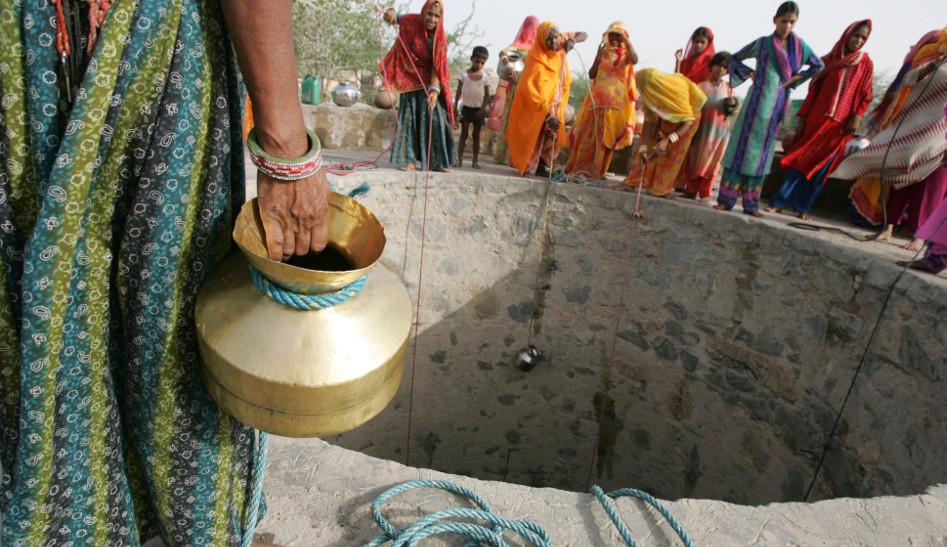 Water crisis: अभी से ये हाल है जनाब, कहीं दो तो कहीं तीन दिन में मिल रहा पानी