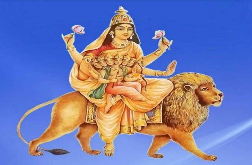 Chaitra Navratri 2021: चैत्र नवरात्रि के पांचवें दिन मां स्कंदमाता की होती है उपासना, जानिए मंत्र, कथा और पूजा विधि