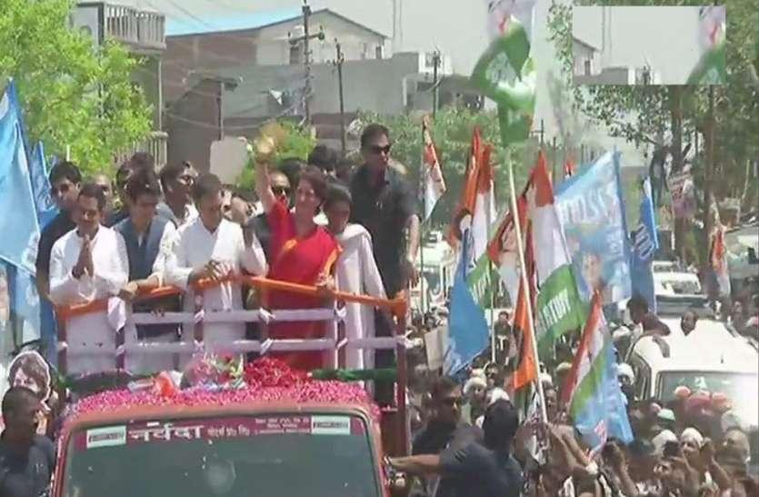 LIVE: राहुल के रोड शो में ऐसा हुआ लोकनृत्य, रोड हो गया जाम, देखें वीडियो