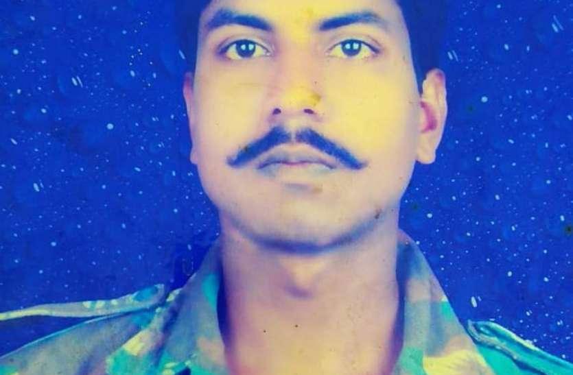 दंतेवाड़ा में नक्सली हमले में गोरखपुर के दंतेश्वर हुए शहीद, बीजेपी विधायक की सुरक्षा में थे तैनात
